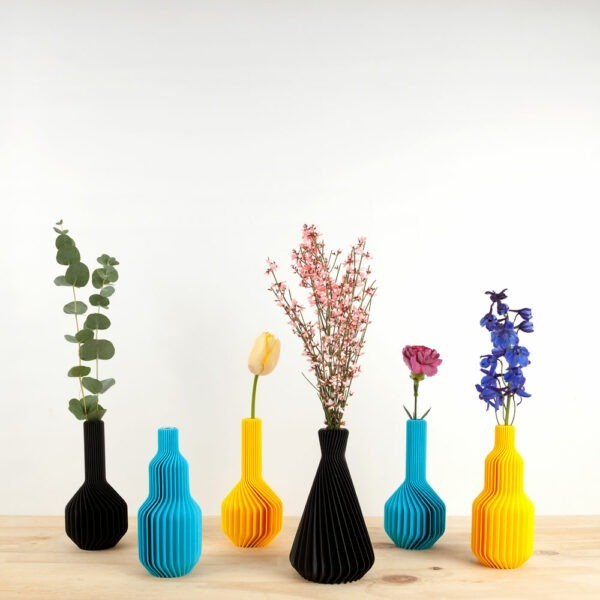 6 Rib vases