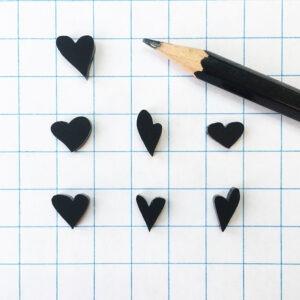 #lovedbyme necklace hartje tekening